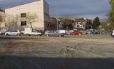 Espai que ocuparà el nou aparcament, situat davant del CAP del carrer La Mina