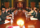 Moment de la reunió dels Alcaldes del Vallès amb la delegada del govern