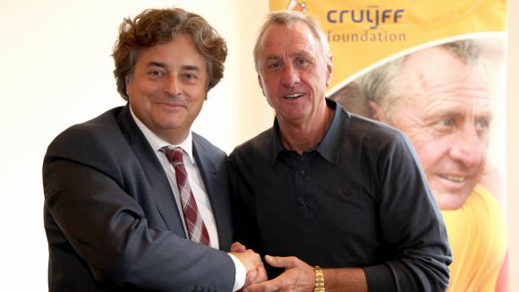 FGC i la Fundació Cruyff signen un conveni de col·laboració per impulsar activitats esportives i de lleure per a discapacitats