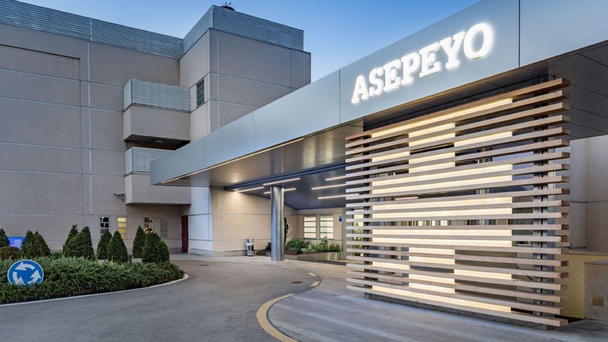 L'Hospital Asepeyo Sant Cugat, a l'avinguda de l'alcalde Barnils / Foto: Asepeyo