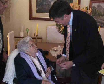 Francisca Sabina celebra els 100 anys amb la medalla del Pi d'en Xandri