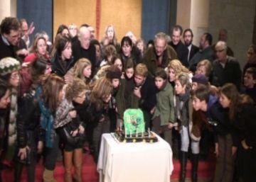 'Pedra i Sang' bufa espelmes amb una funció especial que encapçala el seu 10è aniversari