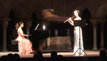 Patrícia de No i Alba Ventura omplen de música clàssica el Claustre