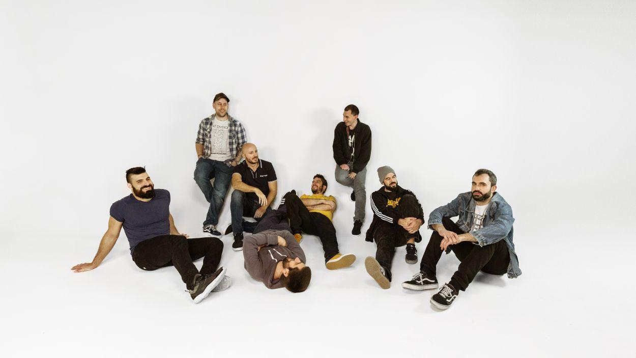 Segell santcugatenc en el segon àlbum de la banda de música vallesana Fantactels