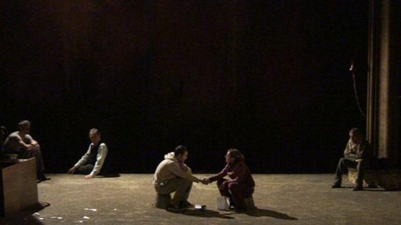 'Incendis' aboca el Teatre-Auditori a un riu de dolor i de bellesa poètica