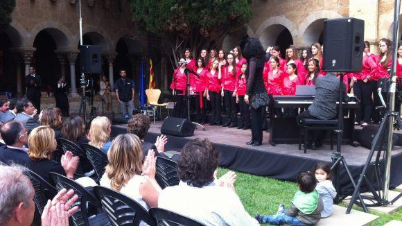 Sant Cugat celebra el Dia d'Europa reivindicant l'oficialitat del català