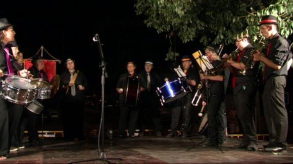 La banda, en un moment de la seva intervenció durant el pregó