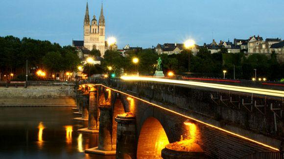 Tizón confirma que Sant Cugat treballa per agermanar-se amb Angers