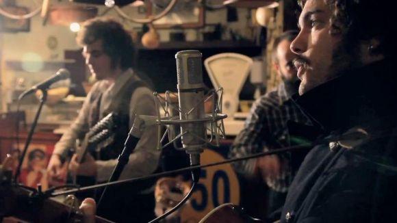 'Catsons' s'interessa per la formació folk-country Lotus