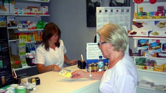 Les farmàcies, cridades a fer vaga aquest dijous pel deute per impagaments