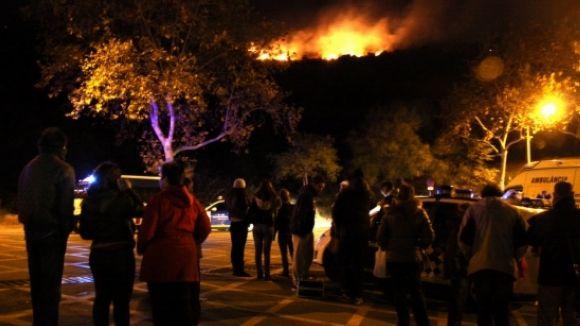 El foc de Collserola afecta 3,3 hectàrees