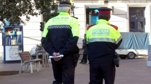Tret de sortida al patrullatge intensiu a l'eix comercial: l'Operació Grèvol