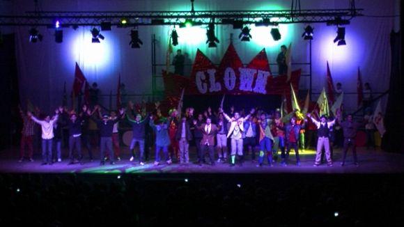 600 alumnes han desfilat per l'escenari del musical tradicional nadalenc de la Farga