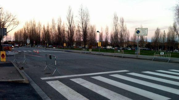 El carrer de Salvador Espriu comptarà amb una rotonda i més aparcament