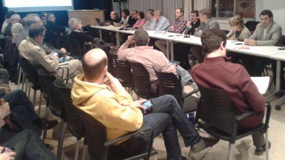 Els partits no es posen d'acord per millorar els consells de barri