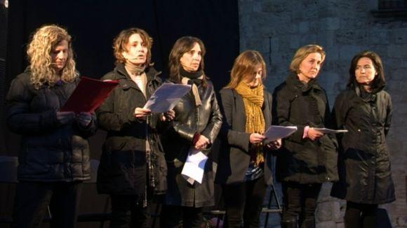 Les Xandrines, durant l'actuació a la plaça d'Octavià