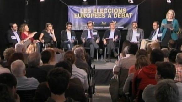 El debat sobre les eleccions europees omple a vessar la Casa de Cultura