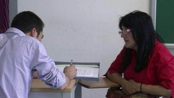 El curs de formació laboral de l'Associació Multicultural reuneix 45 inscrits
