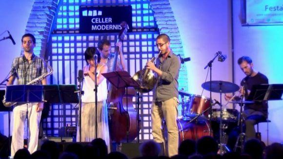 Les trompetes de Sugao i Colom omplen de jazz el Celler Modernista