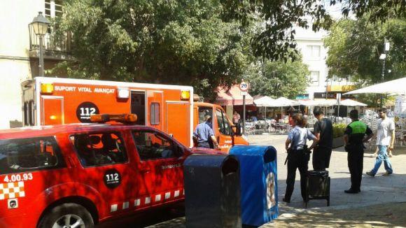 Tres ferits lleus en un incendi al bar Catalunya