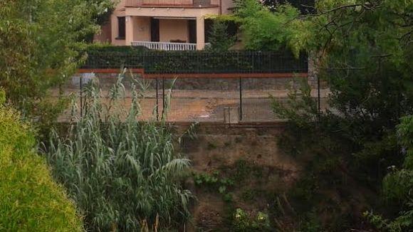 Les pluges han provocat inundacions en alguns carrers