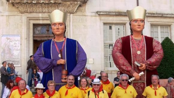 Els Gegants participen al Rosselló en el 10è aniversari dels Gegants d'Argelers