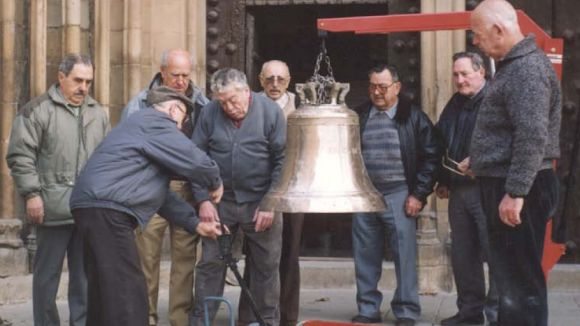La Penya Regalèssia confia solucionar l'avaria de les campanes del Monestir