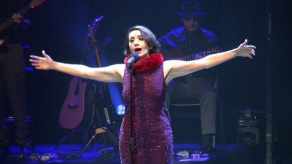 Luz Casal il·lumina el Teatre-Auditori amb un concert ple d'energia