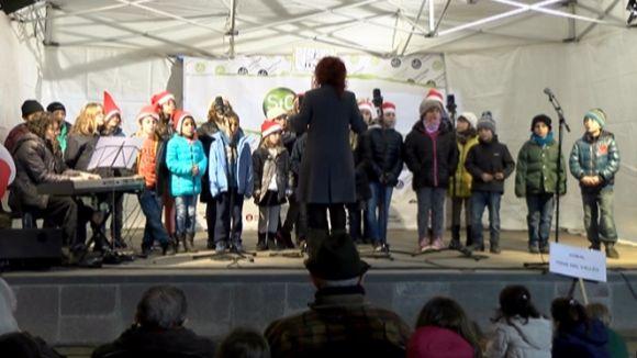 Les escoles i els cors infantils fan ressonar a Sant Cugat els clàssics nadalencs