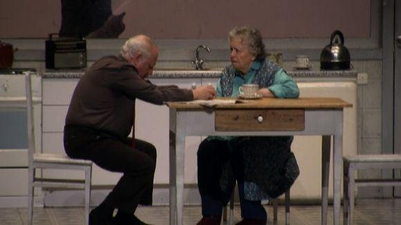 El Teatre-Auditori es rendeix a l'amor materno-filial d'Echanove i Galiana