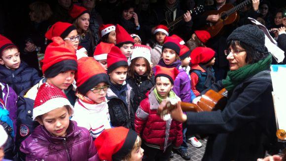Cantada de nadales d'una edició anterior a la plaça de Barcelona