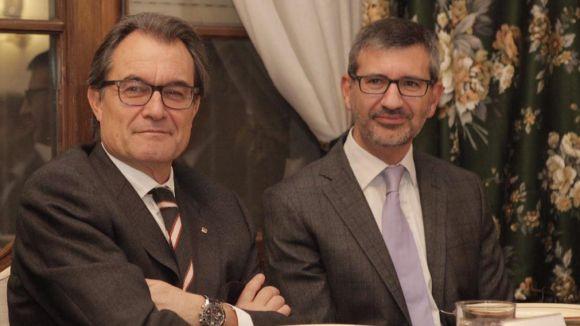 El periodista Josep Maria Vallès publica el llibre 'Polítics a la Carta'