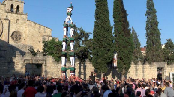 Els Gausacs carreguen per primera vegada a la Festa Major la tripleta de 8