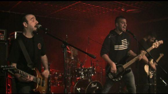Esclat de metal hardcore al Casal de TorreBlanca amb El Apuntador