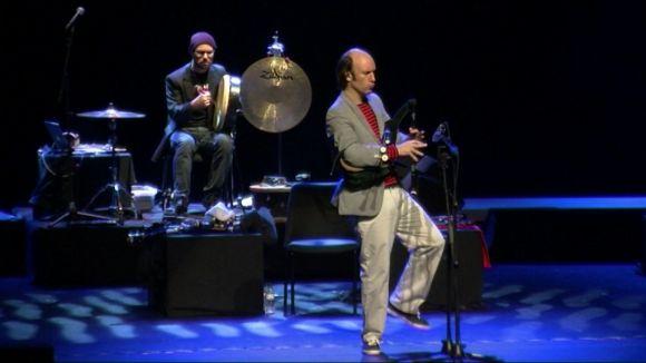 Carlos Núñez revoluciona el Teatre-Auditori amb un concert ple de sorpreses