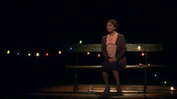 Lolita interpreta al Teatre-Auditori una Colometa a la recerca de redempció