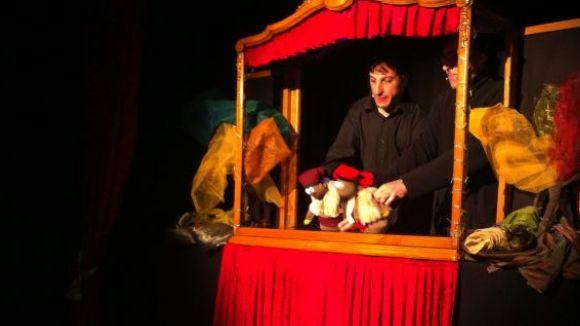 Nadal: Titelles: 'Els tres porquets i la caputxeta celebren el Nadal'