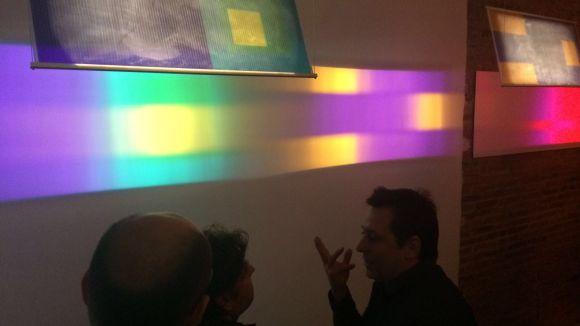 La galeria Dterra proposa una conversa de llums i colors a la primera mostra de l'any