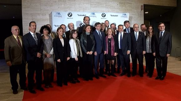 Puigdemont demana a l'Estat espanyol que faci costat als empresaris catalans i faciliti l'obertura exterior