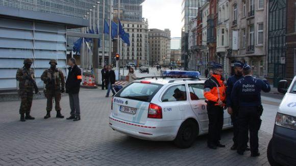 Minuts de silenci aquest dimecres a l'Ajuntament i l'EMD en record de les víctimes dels atemptats de Brussel·les