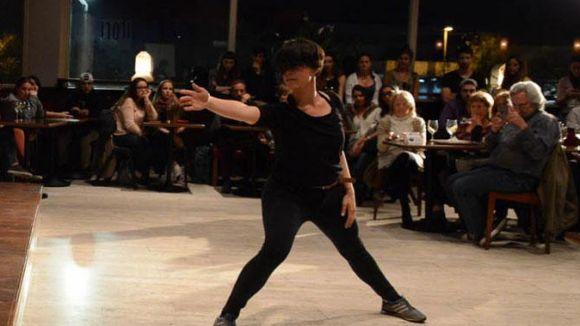 Dansa contemporània i música en viu és la proposta d'avui de l'OFF Auditori