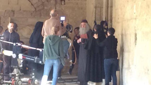 El Claustre del Monestir acull el rodatge del documental 'Jo, Ramon Llull', de TV3 i Batabat