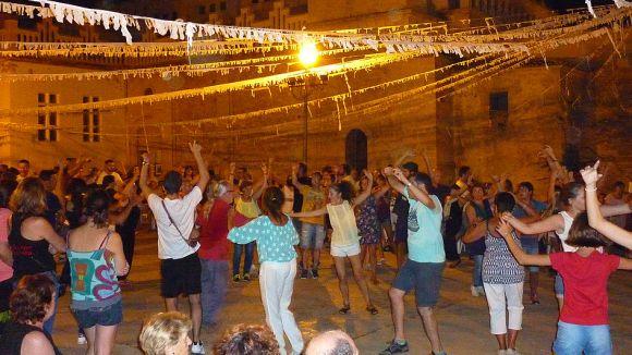 La música tradicional mallorquina d'Al-Mayurqa porta a l'Espai Arrel el ball de bot