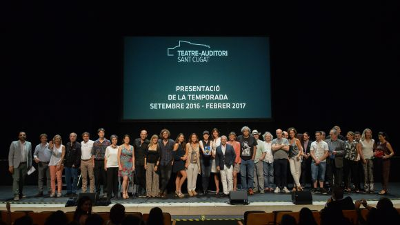 Foto de família dels artistes convidats / Foto: Localpres
