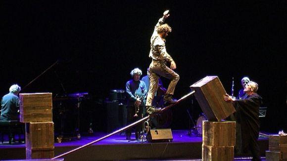 'Art' inaugura un Festival Nacional de Poesia que vol agrupar totes les parles de la llengua catalana