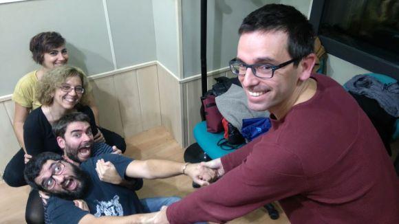 L'equip del professor Daniel Ruiz-Trillo juga a arrencar cebes