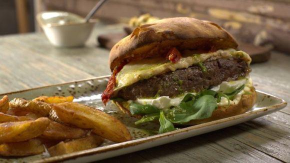 Santamassa ofereix un gran assortiment d'hamburgueses / Foto: Santamassa