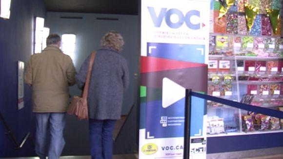 VOC i Òmnium fan possible la promoció del cinema en català amb una mostra a Cinesa