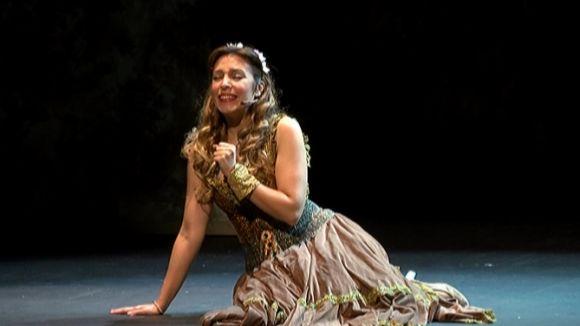Gisela transporta el Teatre-Auditori al món màgic de Disney amb 'Gisela y el Libro Mágico'