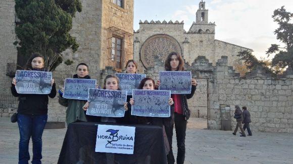 Hora Bruixa reprova la violència patriarcal a l'espai públic amb la campanya 'Agressor, no ets benvingut'